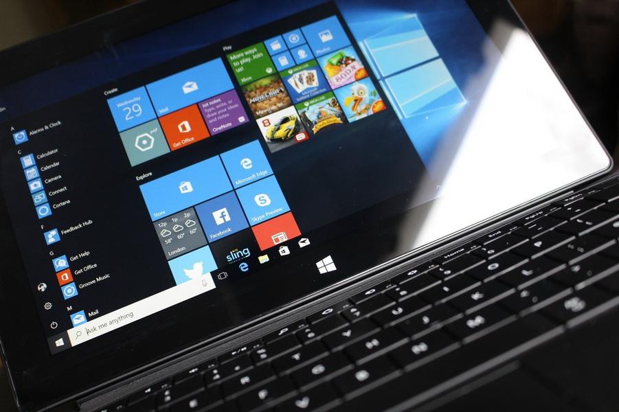 Microsoft грозит судом всем российским пользователям Windows 10, которые отключат автообновления